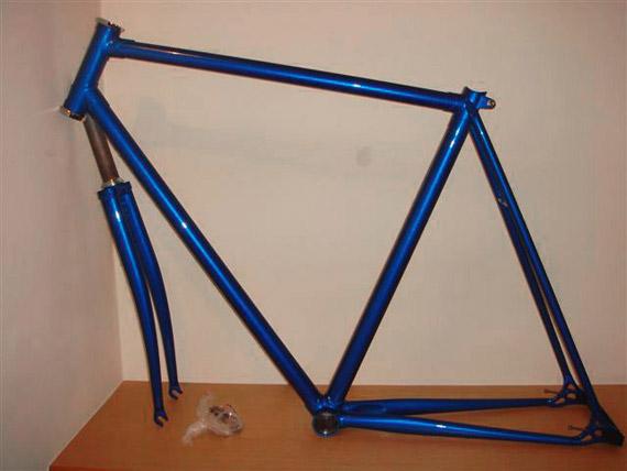 Стальные рама и вилка для fixed gear, трекового велосипеда.