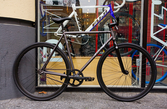 Subrosa Malum 700cMX fixed gear стальной велосипед