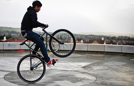 Subrosa Malum 700cMX fixed gear велосипед