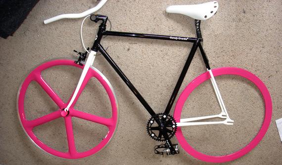 Компоненты для сборки fixed gear велосипеда.