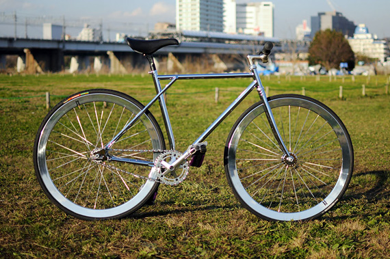 Fixed gear (фикс) велосипед и рама Chimera от японской компании Starfuckers