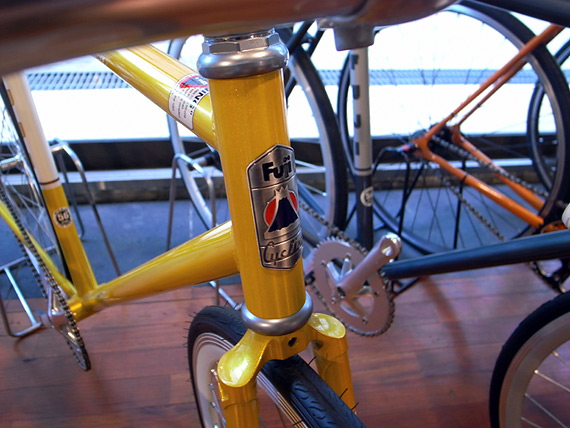 Fuji «Feather» Fixed Gear. Купить велосипед в магазине «Fixie» за 17000 рублей при предзаказе до 12 февраля.