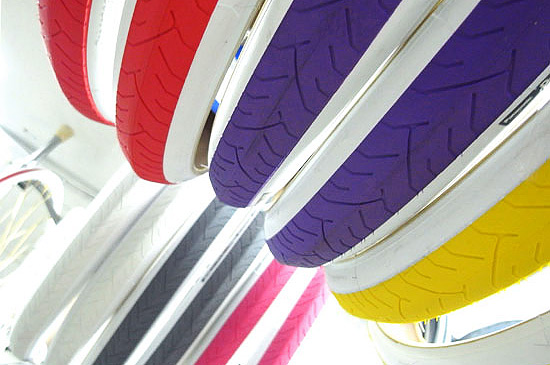 Цветные покрышки для fixed gear велосипедов Panaracer «Ribmo», белые, красные, желтые, синие, голубые, розовые