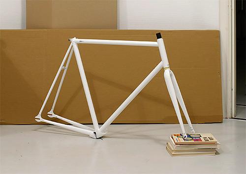 Стальная рама трекового fixed gear велосипеда шведской компании «Sson»