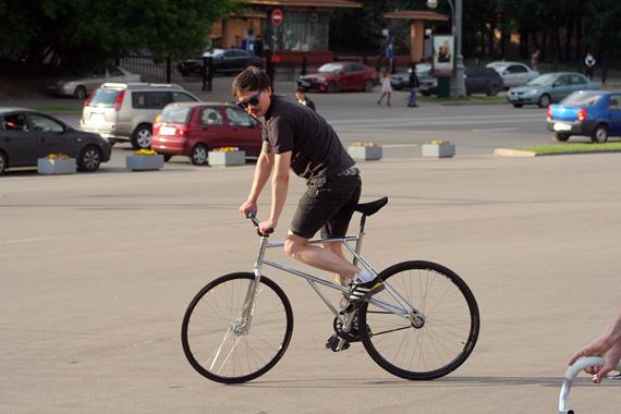 Fixed gear (фикс) велосипед и рама Xenon от японской компании Starfuckers